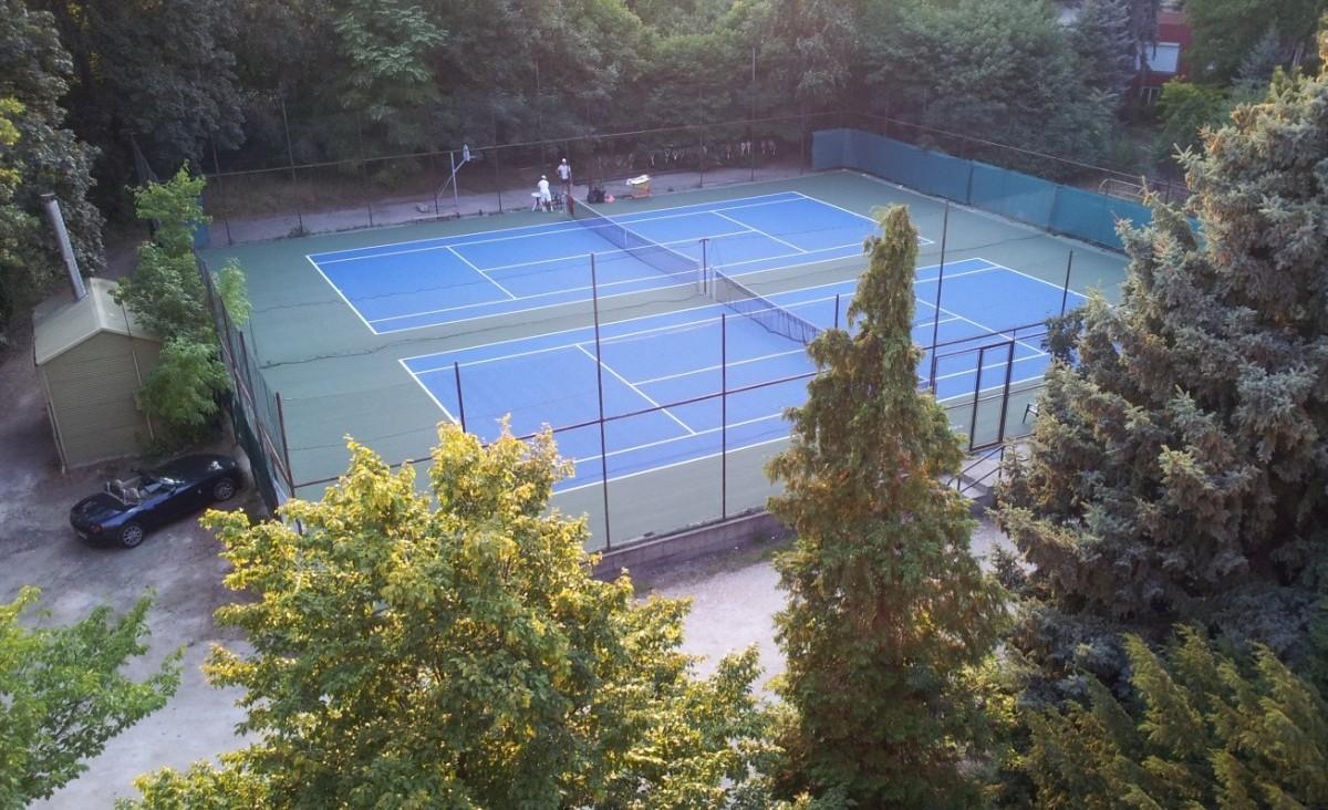teniszpálya burkolat